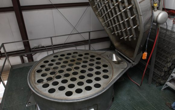 P-1 Custom Baghouse with Hinged Top and Bottom for Easy Cleaning
